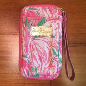 Lilly Pulitzer Zip-Around Wristlet
